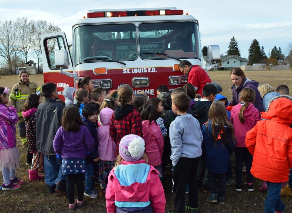 Volunteer Fire Fighter Demonstration (8)